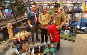 Herzlich willkommen bei eiger sport! Incar Mahasiswa Eiger Perkenalkan Flagship Store Di Jatinangor Bolalob Com