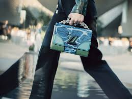 louis vuitton cruise 2017 bags. louis vuitton cruise 2017 show to be staged in rio de janeiro #fashion #bags bags