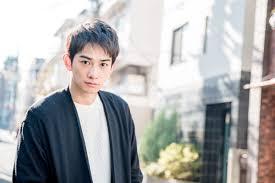 町田啓太の髪型はどんな感じショートや金髪ヘアも 男の髪型特集