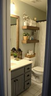 Decorating For Bathrooms 25 Best Ideas About Small Bathroom Decorating On Pinterest