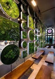 ad moss walls green interior design trend 13