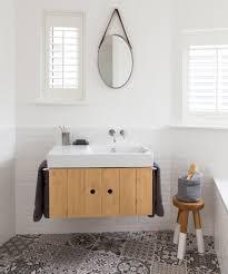 Cute minimalist bathroom design ideas Farmhouse Bathroom Small Bathroom Ideas Ideal Home Small Bathroom Ideas Small Bathroom Decorating Ideas On Budget