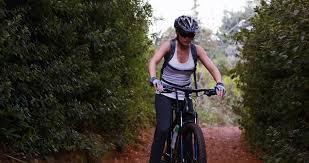 Bike natural breast women