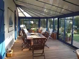 Veranda avec notre terrasse bois design, archi bois terrasse .