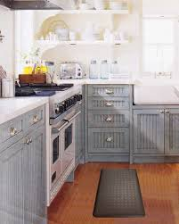 Rubber Kitchen Flooring Comfortable Footrest Using The Kitchen Floor Mats Kitchen Floor