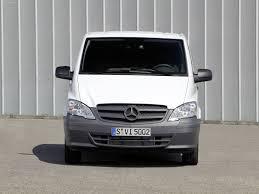 Le vito mixto est le véhicule multifonction à l'étoile : Mercedes Benz Vito 2011 Pictures Information Specs