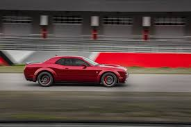 The Just-Announced 2018 Dodge Challenger Hellcat Widebody Looks ...
