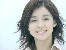 石田ゆり子の髪型前髪40選長さアレンジ別の人気ランキング最新版