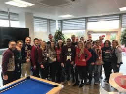entire office decked. Around The Globe Last Week, Informatica Offices Decked Halls And Celebrated Entire Office