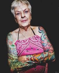 именно так будет выглядить ваша татуировка в старости
