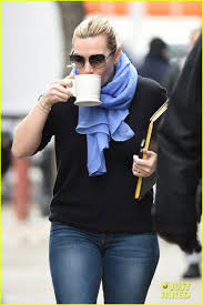 Breathtaking as clementine in eternal sunshine of the spotless mind, sylvia in finding neverland, and of course titantic's rose. Kate Winslet News On Twitter Kate Winslet And A Cup Of Coffee Arrive To The Filming Of Collateral Beauty March Of 4 Ny Https T Co Rxfve7xu9a