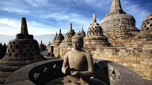 Berwisata dan Mengenal Sejarah Candi Borobudur