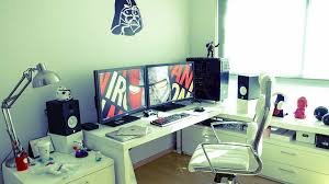 geeks home office workspace. todayu0027s featured workspace is an update of a home office weu0027ve seen before this version even nicer thanks to little furniture rearrangement geeks e