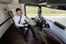 「daimler self driving truck」の画像検索結果