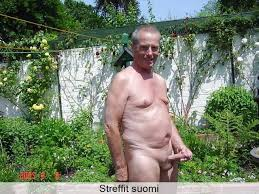 Porno - Ilmaista Pornoa Mies on parvekkeella kessulla Suomen paras vitsi