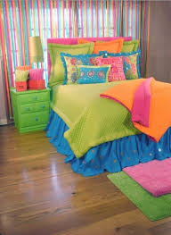 retro kids bedroom design with purple wall paint and light green tapering table lamp shade