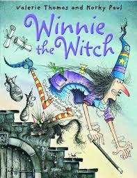 winnie the witch valerie thomas korky paul 9780192728760 amazon books