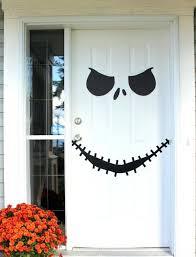 Halloween Door Decoration Ideas easy halloween decorating ideas Even  Children can join in the Fun-