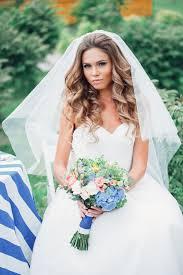 Svatební účesy Se Závojem Pro Vlasy Různé Délky Foto