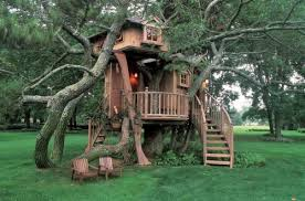 17 Amazing Tree House Design Ideas that Your Kids Will Love