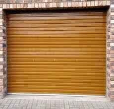 wooden rool up garage