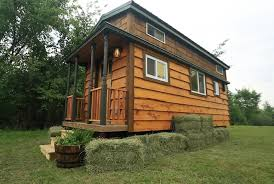 tiny house costs. There Must Be Something Like 900 TV Shows About The Joys Of Living In A Tiny House. Course, They Never Show How Family Five Copes With House Costs S