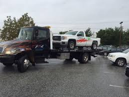 J-&-L-Towing-company-Tow-Truck-Towing-Uhaul-truck - J&L Towing