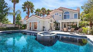 Pool houses ...