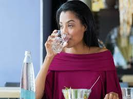 Image result for खाना खाने के तुरंत बाद पानी पीना ज़हर