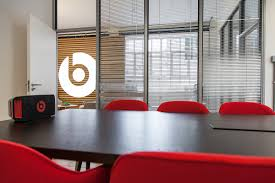 beats by dre office. conference roomu2026 beats by dre office 2