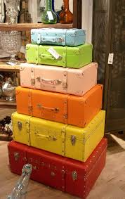 AD-Old-Suitcases-Decor-1