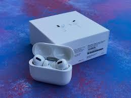 Беспроводные наушники Apple Air Pods Pro аирподс про эпл гарнитура  гарнитура сенсорные айфоновские наушники, цена 2950 руб, купить в России —  Tiu.ru (ID#482958188)