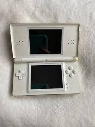 En 2006, nintendo comercializa el nintendo ds lite, un modelo revisado más pequeño y ligero de la consola. Juegos Nintendo Ds Lite Wallapop Nintendo Ds Lite De Segunda Mano Por 25 En Santa Cruz De Tenerife En Wallapop Echa Unas Partidas En El Ordenador A Los Juegos Mas