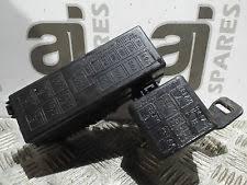 suzuki fuses fuse boxes suzuki ignis 1 3 petrol 2005 fuse and relay box