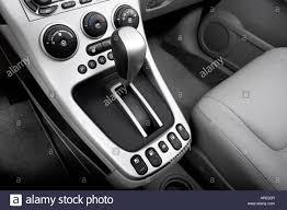 2006 Chevrolet Equinox LT in Black - Gear shifter/center console ...