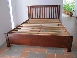 Solid Wood Bed Frame Queen Modern Platform Bed V Mid Century King