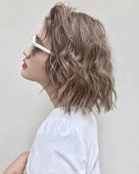 海外セレブの無造作ヘアを真似したい魅力を爆アゲするヘアスタイルは