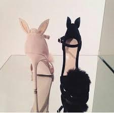 Pin de Katherin Fuenmayor en Hermoso <b>zapatos</b> en 2019 | Tacones ...