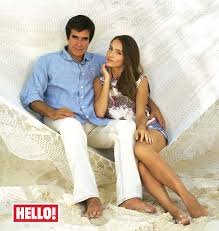 david copperfield introduces hello to fiancee chloe gosselin david copperfield shows hello around caribbean getaway and introduces fiancee chloe gosselin