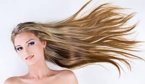 žena In Můj Dětský Sen Krásné Dlouhé Vlasy