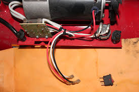 husky air compressors i can not a wiring diagram that shows in which order they go on the switch there are red white and black wires that come from the circuit board