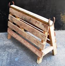 recycled pallet saddle rack