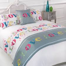 love lovely multi king size 5pc bed in a bag duvet cover bedding set 1 x duvet cover 2 x pillowcases 1 x cushion cover 1 x quilted bed runner