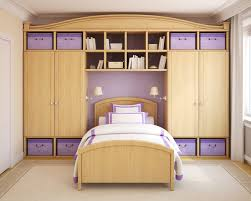 choosing closets for bedrooms