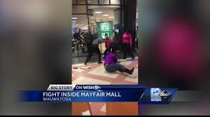 Man captures fight at Mayfair Mall on ...