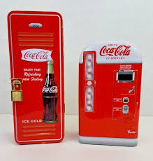 Coca Cola Mini Vending Machine Magnificent CocaCola Mini Vending Machine Locked Tin And Similar Items