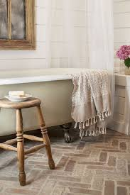 cottage bathroom with clawfoot tub country cottage clawfoot bathtub