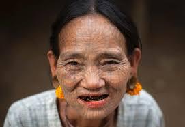 татуированные лица женщин мьянма Funtattooru