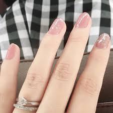 秋の始まりに使える上品カラーくすみピンクのおすすめネイル