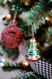Plaid Christmas Tree Mad For Plaid Christmas Tree Gift Wrap Me And Mr Jones